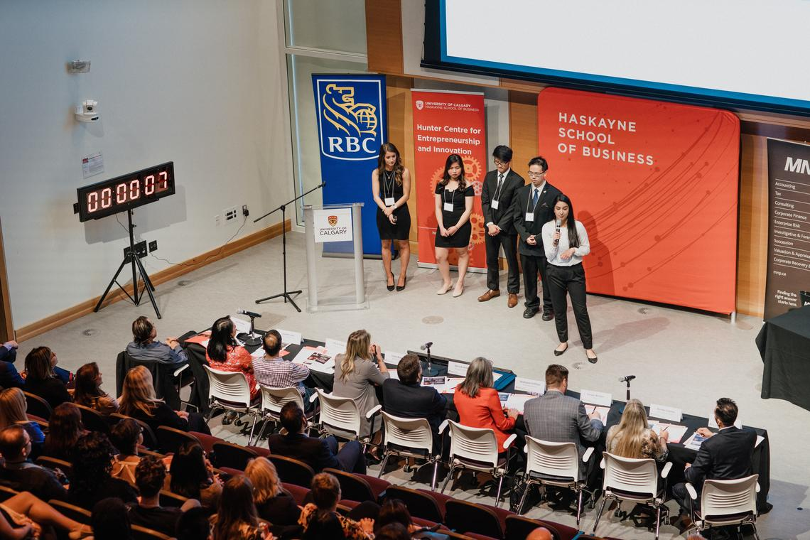 Students from Haskayne's ENTI 317 course pitch their new business ventures to a panel of judges during the 2018 RBC Fast Pitch competition.