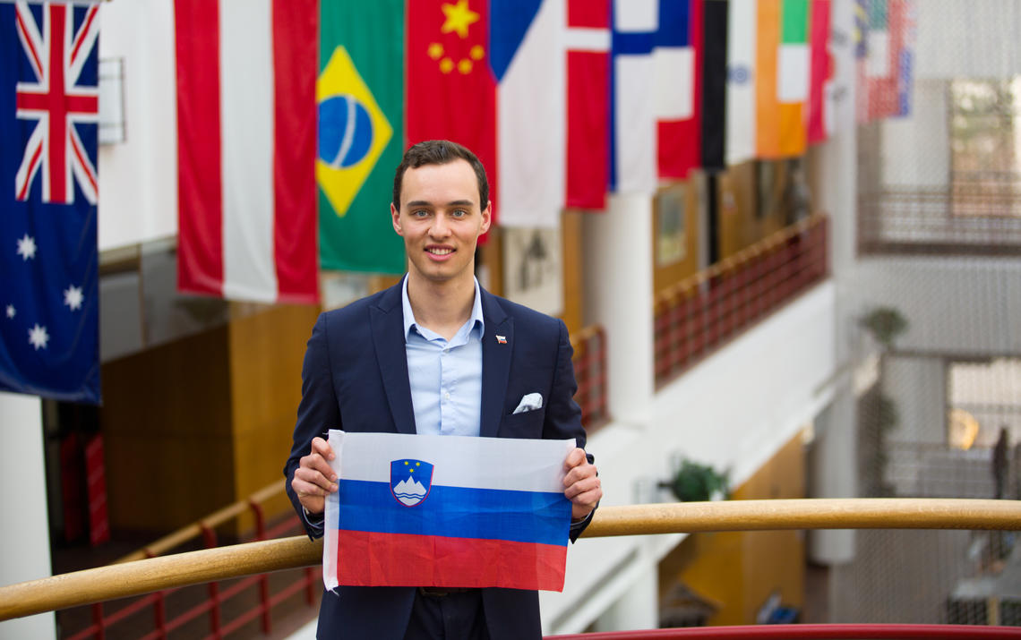 Nik Golob is an international student from Slovenia who spent his time at the Haskayne School of Business in student government, CASE competitions, and enjoying the Rocky Mountains.