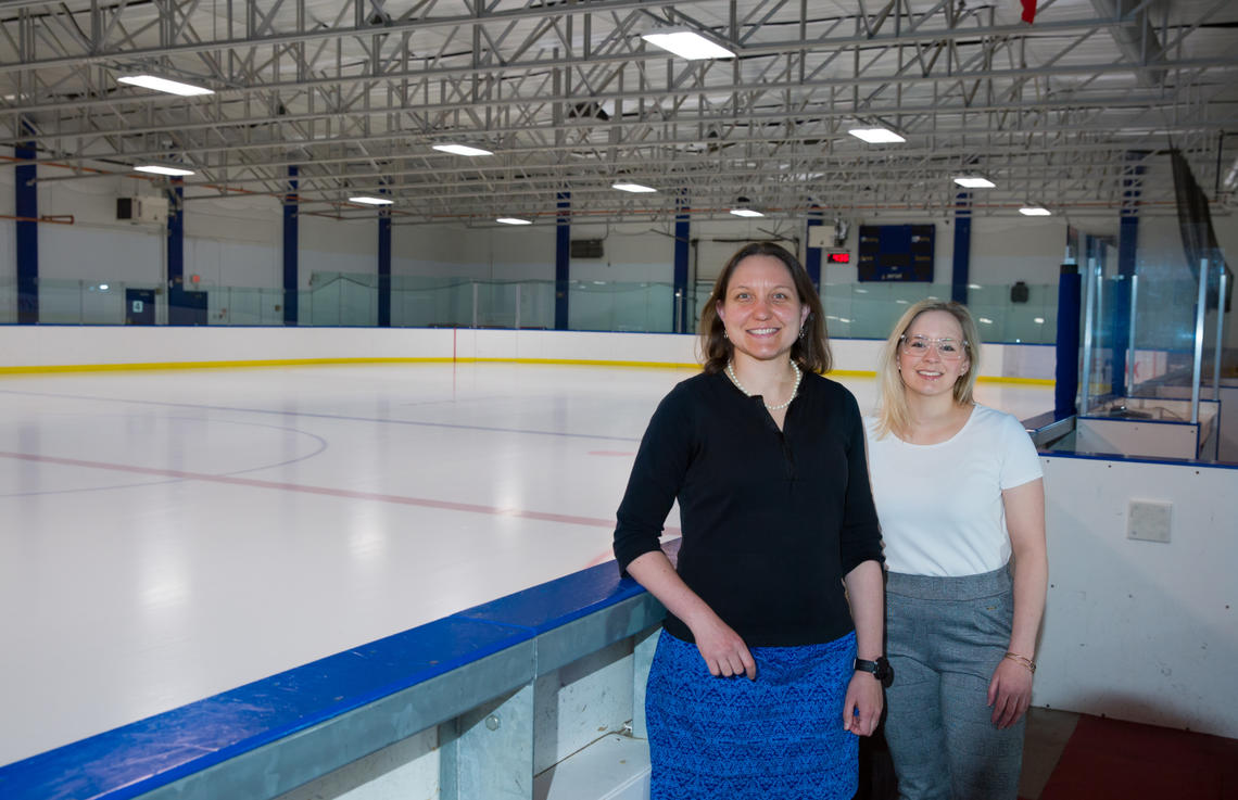 Faculty of Kinesiology researchers Lauren Benson and Robyn Madden have found that caffeine may be beneficial in increasing physical contact or high-intensity skating in male collegiate ice hockey players, without causing any detriment in performance. Photo by Riley Brandt, University of Calgary