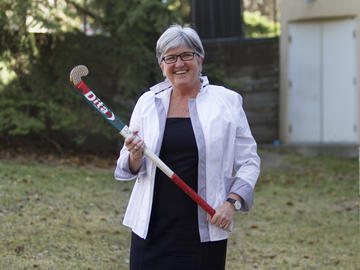 Dr. DruMarshall had been inducted into the Alberta Sport Hall of Fame in 2013 for her many years a women's field hockey coach.