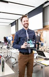 Derritt Mason, an assistant professor in the Department of English, was able to provide his students with their own iPads for an entire semester thanks to a University of Calgary Teaching and Learning Grant.