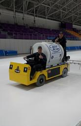 Olympic Oval icemaking experts prepare the long-track surface in Pyeongchang. Photos courtesy Luke Janetzki