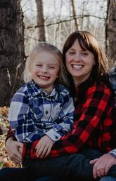 Jeanne Lawrence, her son Alex Ross and husband MacKay Ross.