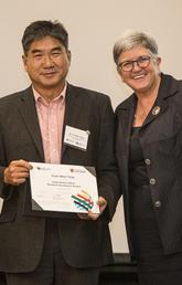 Wee Yong receives Killam Award