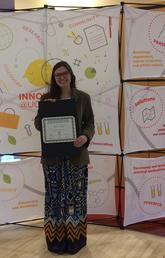 Chelsea Klinke receives award at GSA Peer Beyond Symposium