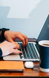 Laptop online learning