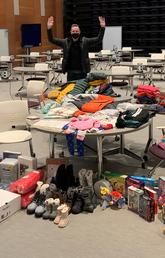 Executive MBA students raise $11,808 in clothing and goods for Inn from the Cold