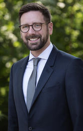 Professor Michael Nesbitt