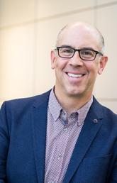 Dr. Daniel Muruve, MD