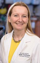 Microbiome researcher Kathy McCoy awarded Killam Memorial Chair