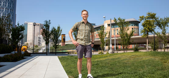 Engineering prof turns to data analytics to help homeless shelter
