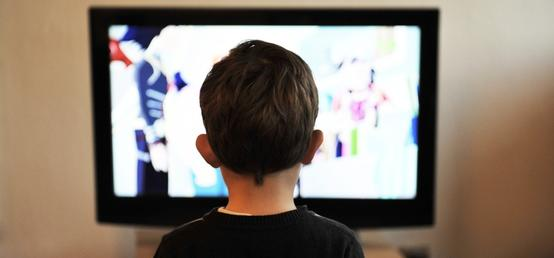 Coronavirus: 5 tips for navigating children's screen time during social distancing